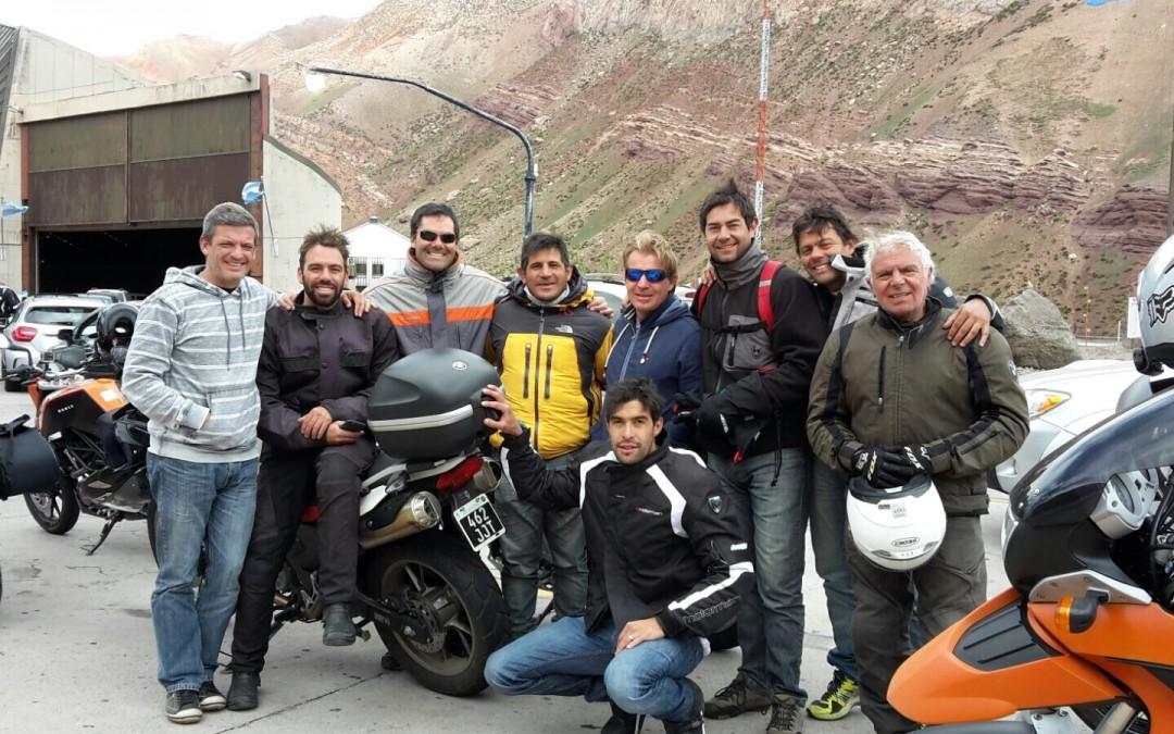 De Argentina a Chile en moto, un paseo sólo para fanáticos.